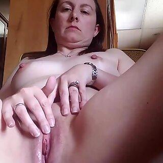 mature wife masturbating