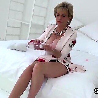 Unfaithful british mature lady sonia showcases her monster boobies