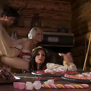 Two horny girls India Summer and Ash Hollywood share one cock