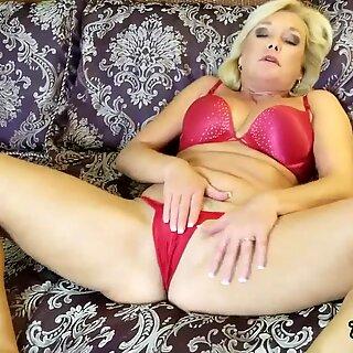 Milf Masturbation and Toe Sucking Orgasms with Ms Paris Rose