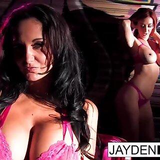 Jayden Jaymes fucks Ava Addams