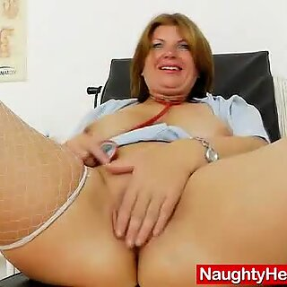 Milf brunette having fun in nurse practitioner uni